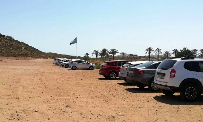 <span style='color:#780948'>ARCHIVED</span> - Parking war breaks out again at Percheles beach in Mazarrón