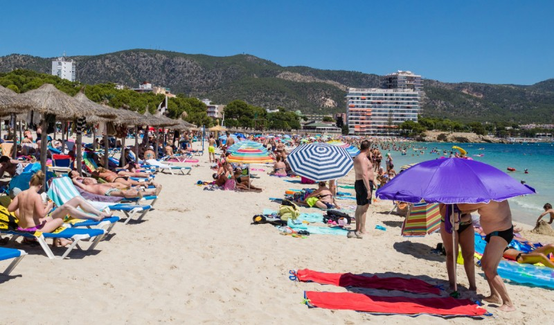 <span style='color:#780948'>ARCHIVED</span> - Dutch government adds to Spanish tourism woes and warns against travel to the Balearic and Canary Islands