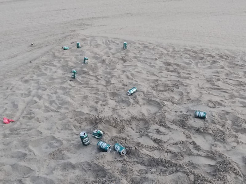 <span style='color:#780948'>ARCHIVED</span> - Frustration from Los Alcazares police over disgusting litter on the beaches