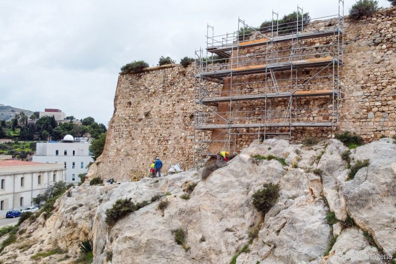 <span style='color:#780948'>ARCHIVED</span> - Second phase of work begins to restore the castle of Despeñaperros in Cartagena