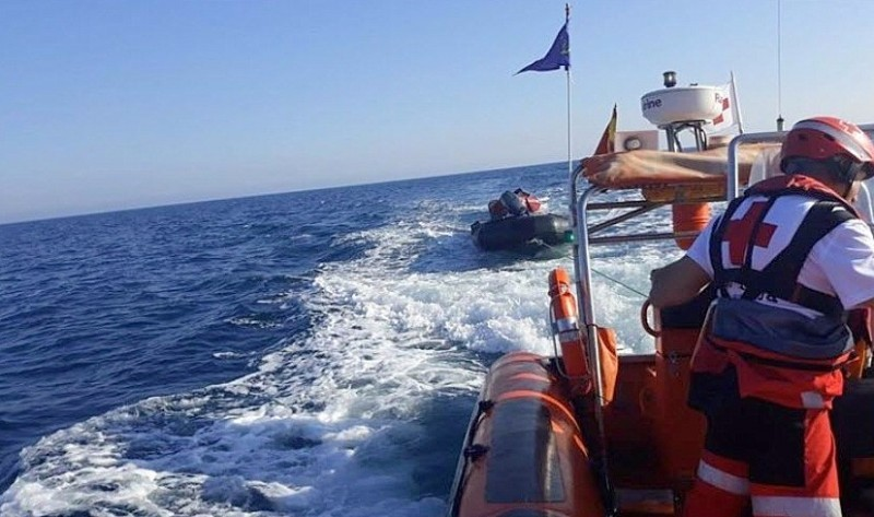 <span style='color:#780948'>ARCHIVED</span> - Young sailor rescued after spending 24 hours in the sea off Cartagena