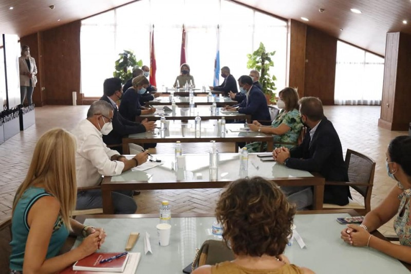 <span style='color:#780948'>ARCHIVED</span> - Minister open to purchase of land to create enforced green strip around the Mar Menor