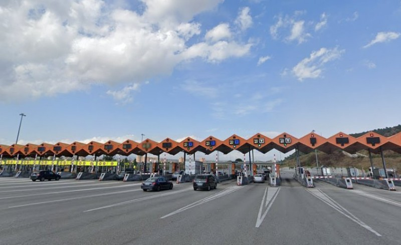 <span style='color:#780948'>ARCHIVED</span> - Spanish government weighing up new motorway toll charge system