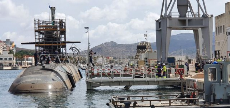 <span style='color:#780948'>ARCHIVED</span> - New S-81 submarine returns to the water after preliminary revisions