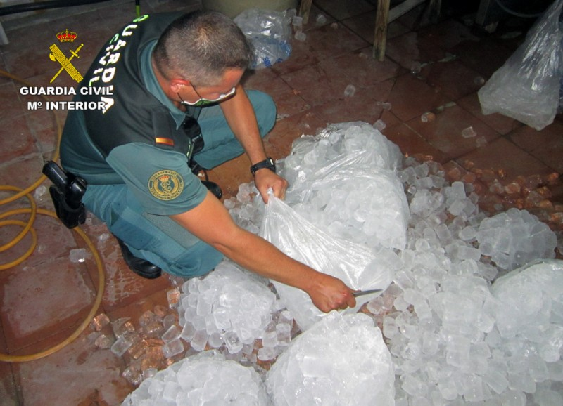 <span style='color:#780948'>ARCHIVED</span> - Operation Ice Cube intercepts 2 tons of sub-standard ice in Murcia