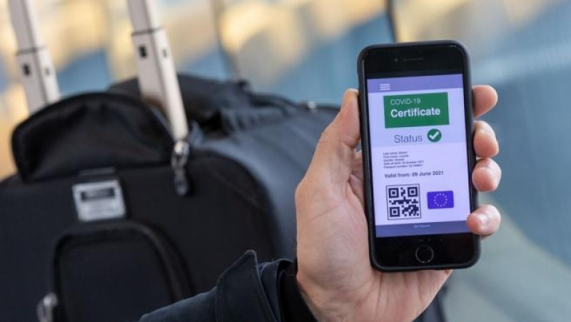 <span style='color:#780948'>ARCHIVED</span> - Covid certificates can now be downloaded into wallets on mobile phones in Murcia region