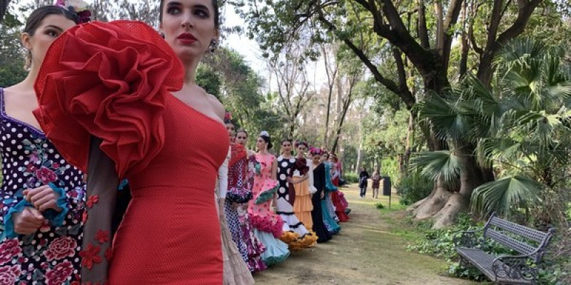 <span style='color:#780948'>ARCHIVED</span> - Flamenco fashion show in Seville city this weekend