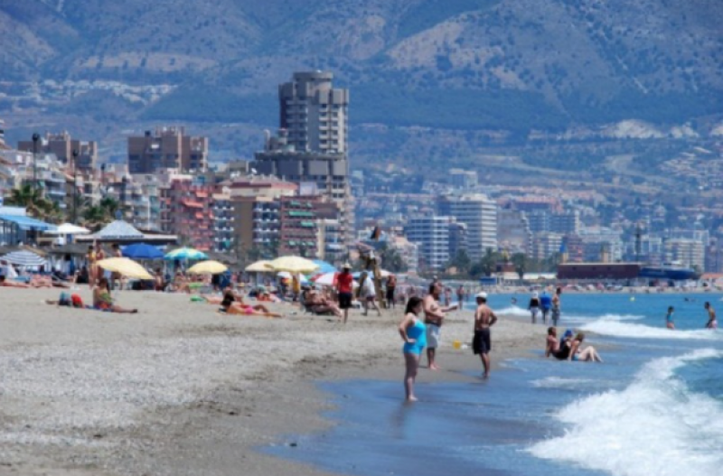 <span style='color:#780948'>ARCHIVED</span> - Spain triples the number of international tourists in August