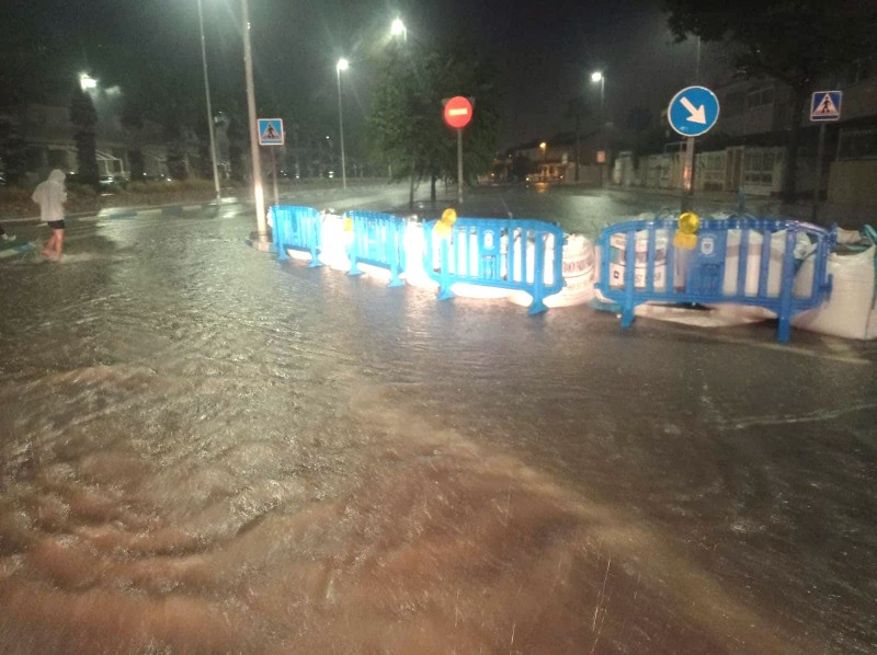 <span style='color:#780948'>ARCHIVED</span> - Electrical storm causes flooding and chaos across the Region of Murcia