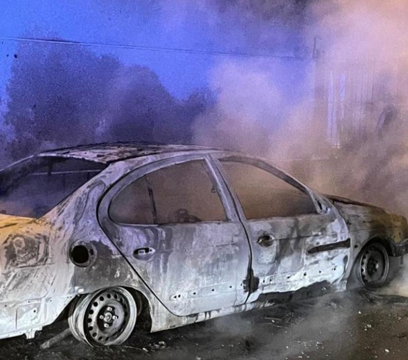 <span style='color:#780948'>ARCHIVED</span> - Two cars completely destroyed by blaze in San Pedro del Pinatar