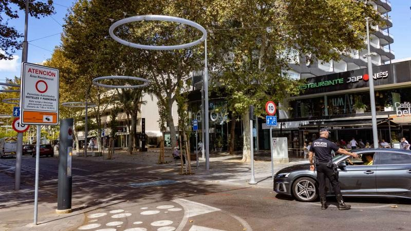 <span style='color:#780948'>ARCHIVED</span> - Benidorm on the Costa Blanca scoops Spanish Mobility Award