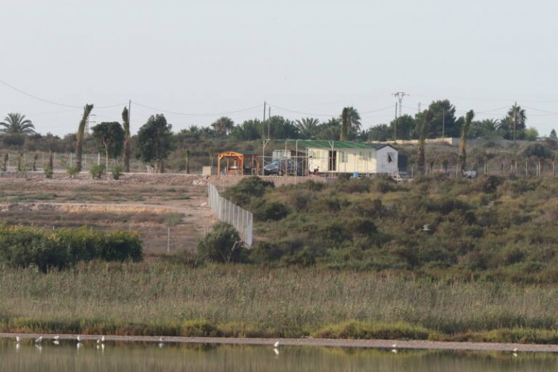 <span style='color:#780948'>ARCHIVED</span> - Conservationists slam prefab housing in Salinas de Santa Pola protected area