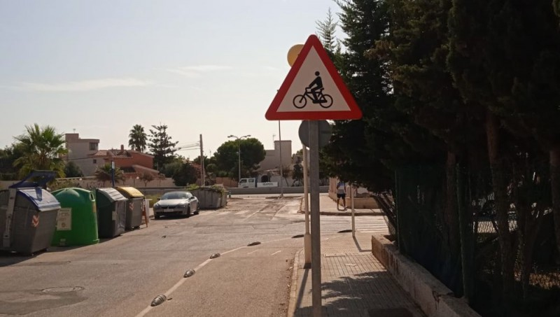 <span style='color:#780948'>ARCHIVED</span> - Residents group steers bid to tackle dangerous roads and signage in Orihuela