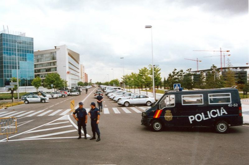 Terror attack foiled in Spain: five Islamic State members arrested in Barcelona and Madrid