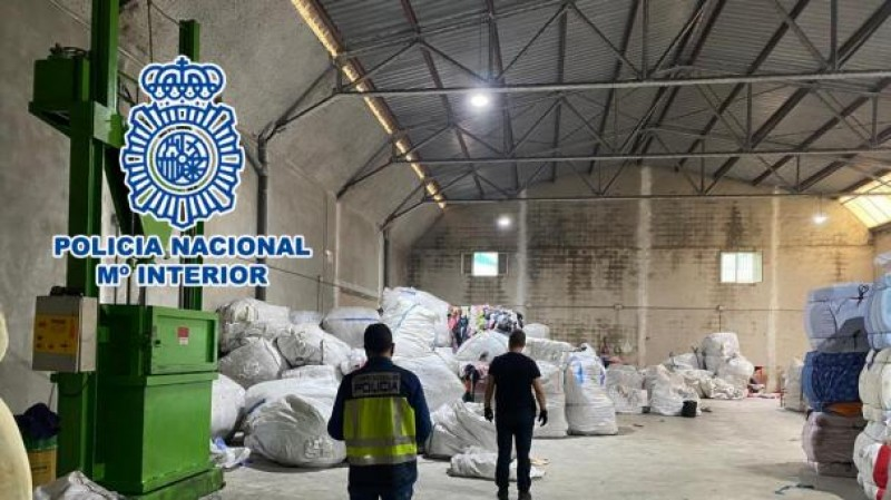 Textile recycling boss arrested in Alicante for exploitation of irregular immigrants