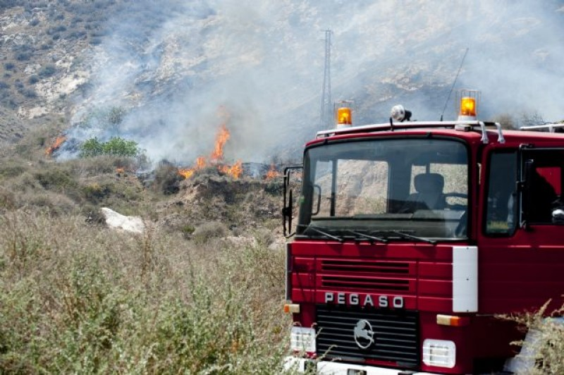 Second caravan fire this month in the Region of Murcia