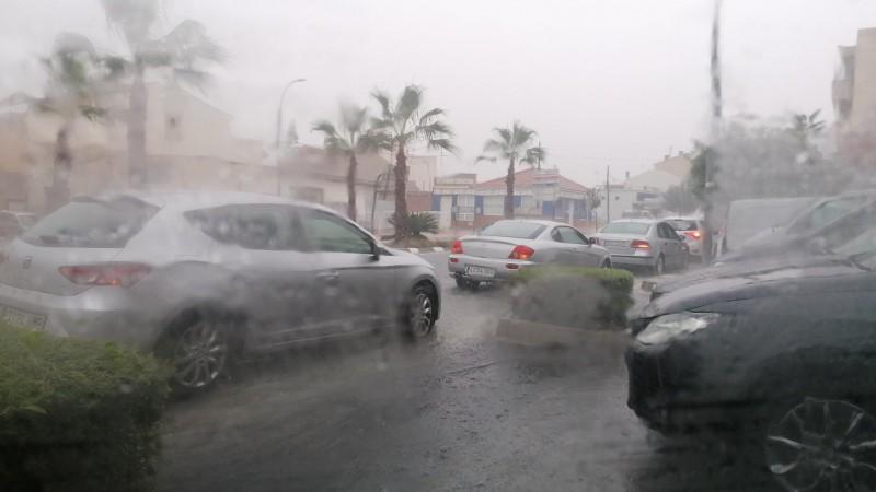 Weather warning: torrential floods in San Miguel de Salinas