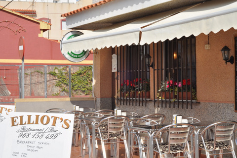 Elliots Bolnuevo, every day fish and chip offer