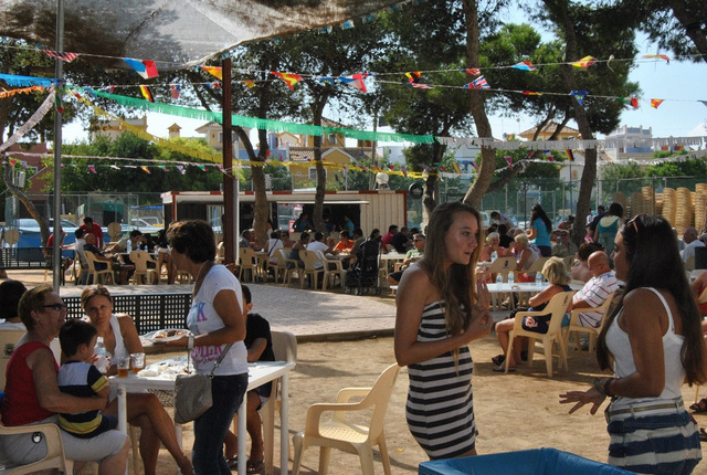 <span style='color:#780948'>ARCHIVED</span> - Fiestas patronales Roda, 26th to 31st August 2014