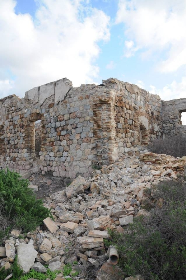 <span style='color:#780948'>ARCHIVED</span> - The Castillo de los Moros in Cartagena in need of love and care