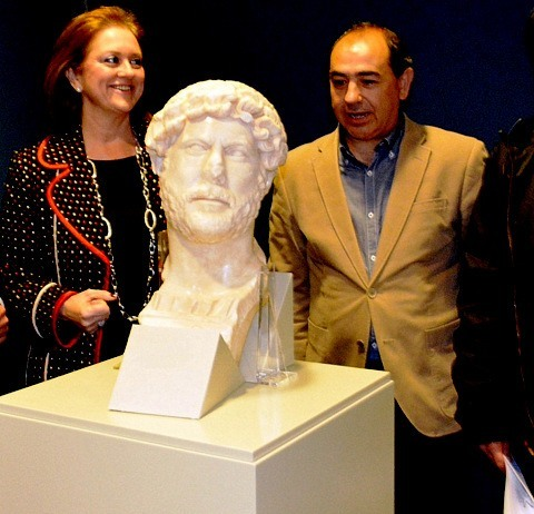 <span style='color:#780948'>ARCHIVED</span> - Bust of Roman Emperor Hadrian found at Yecla site