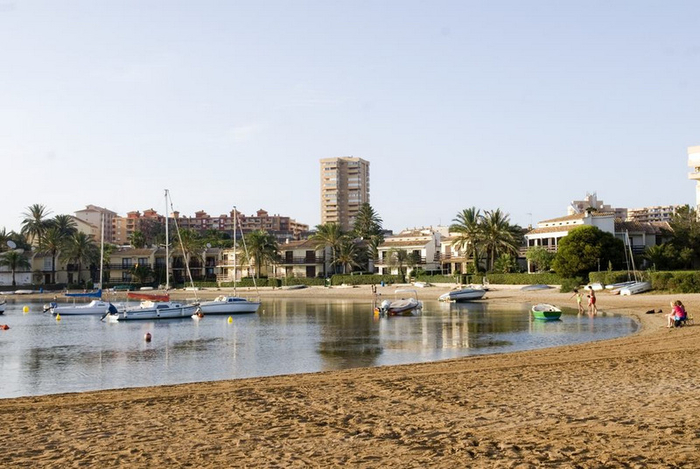 Cartagena beaches: Playa Cavanna in La Manga del Mar Menor