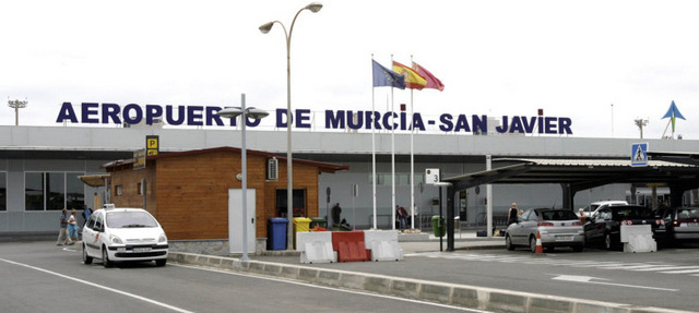 San Javier council unite to defend San Javier airport