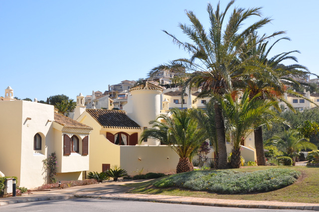 <span style='color:#780948'>ARCHIVED</span> - La Manga Club properties attract major international investment fund