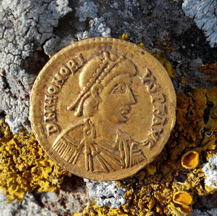<span style='color:#780948'>ARCHIVED</span> - Byzantine coin found in Cartagena countryside