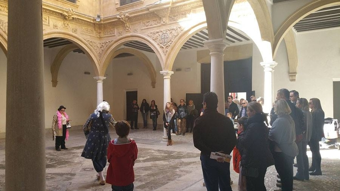 5th March Free guided theatrical tour of historical Lorca