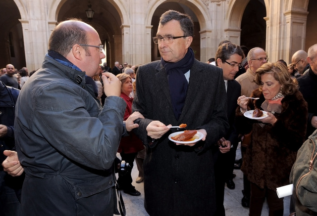 <span style='color:#780948'>ARCHIVED</span> - Sweet breakfast tradition for San Fulgencio in central Murcia