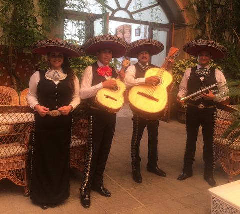 Mexican mariachi band every Wednesday at the Hotel La Encarnaci�n in Los Alc�zares