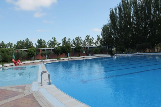<span style='color:#780948'>ARCHIVED</span> - Bullas municipal open-air swimming pool opens for the summer