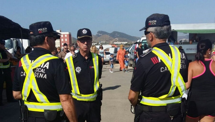 <span style='color:#780948'>ARCHIVED</span> - Policing reinforced at Cabo de Palos Sunday market