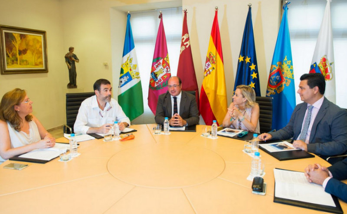 <span style='color:#780948'>ARCHIVED</span> - Local Mayors discuss Mar Menor protection plans with the Murcia government