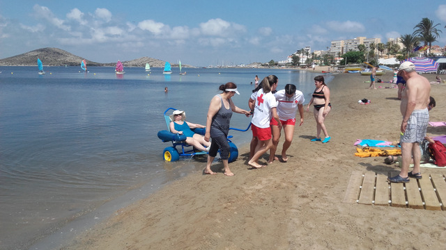 <span style='color:#780948'>ARCHIVED</span> - 12 Cartagena beaches offer special facilities for the disabled in 2016