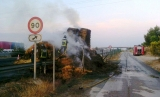 Hay lorry burnt out on A-7 near to Librilla