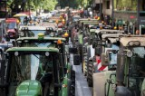 Agriculturalists block the centre of Murcia City demanding water
