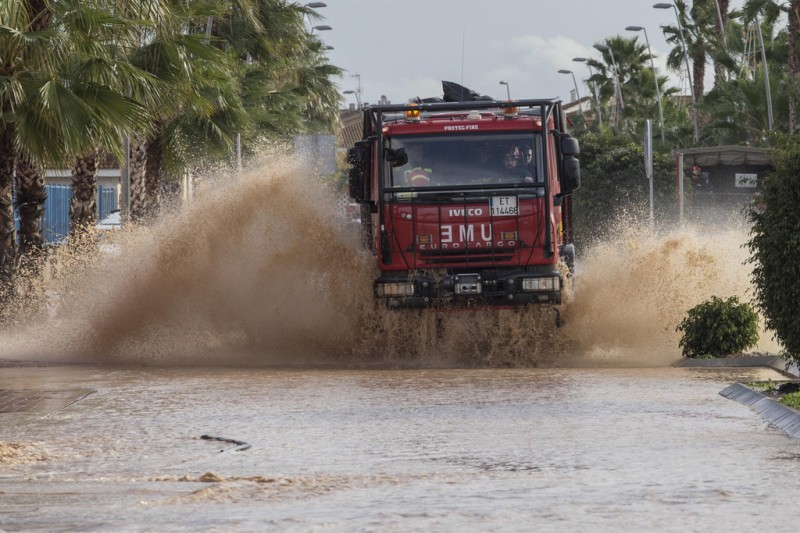 <span style='color:#780948'>ARCHIVED</span> - One confirmed dead following floods in Los Alcázares