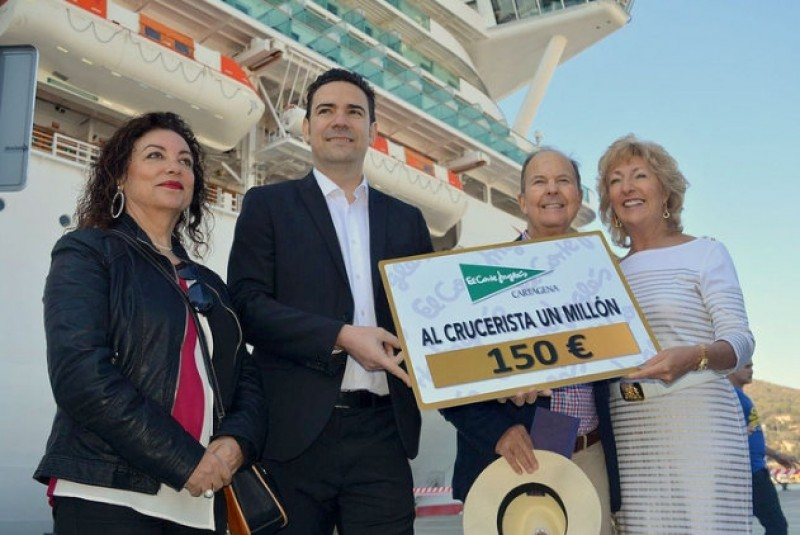 <span style='color:#780948'>ARCHIVED</span> - Murcia welcomed 23 per cent more foreign tourists last year