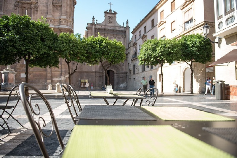 La Tienda de Susano offers 11€ lunchtime set menu next to Murcia Cathedral