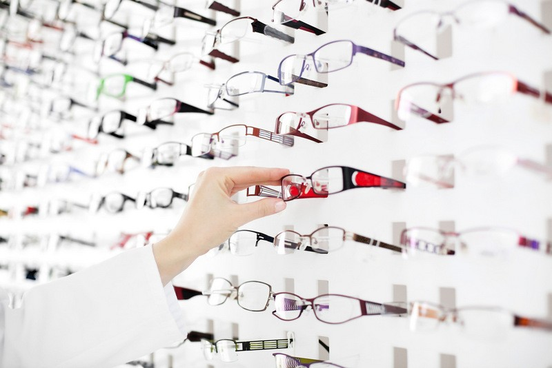 Unbeatable prices on glasses and sunglasses at Ana's Opticians in Cartagena