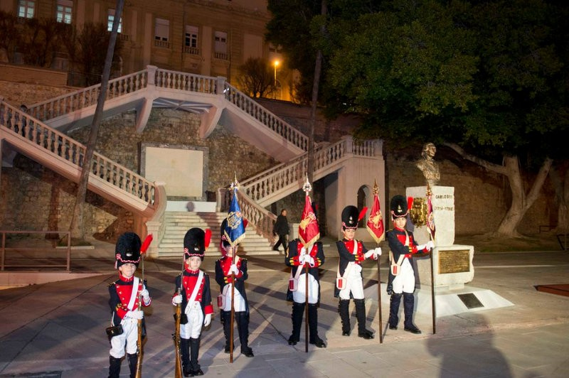 Cartagena relocates bust of Carlos III to its rightful place