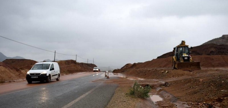 Mazarrón roads cleared of debris after Monday storms