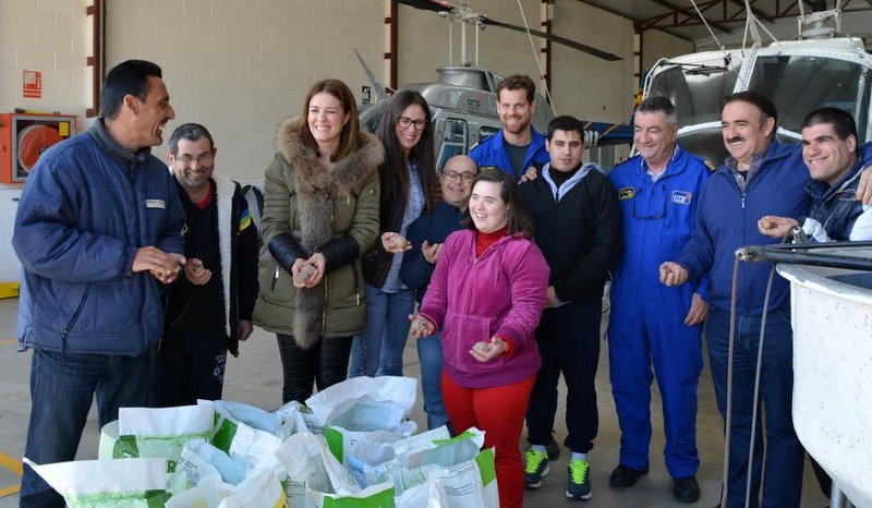 Aguilas seed bomb scheme under way to reforest the mountains of the area