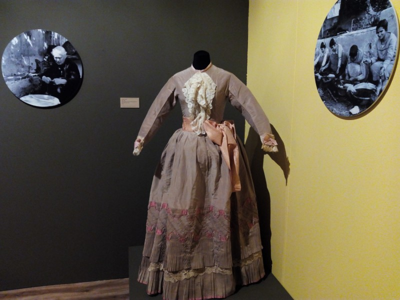 March to May 2017, history of silk exhibition in Murcia Archaeological Museum