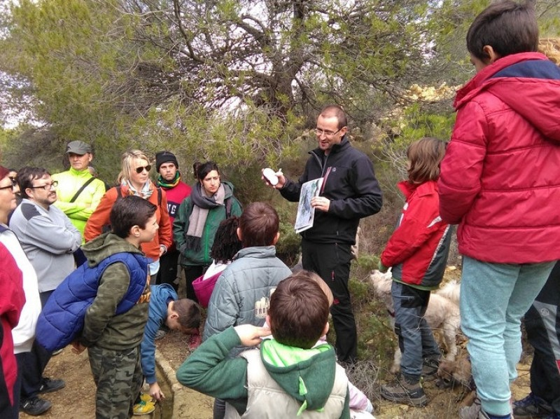 Volunteers protect amphibian pond life in the Sierra de la Pila