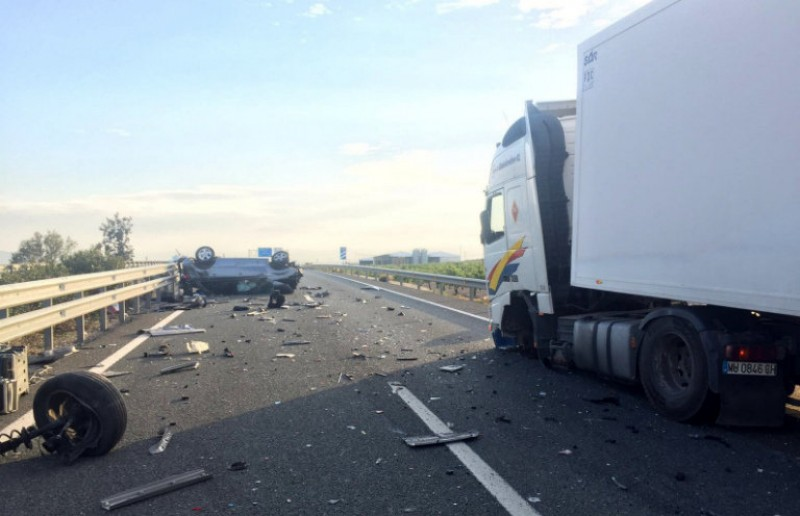 <span style='color:#780948'>ARCHIVED</span> - Lucky escape for driver in Puerto Lumbreras lorry crash