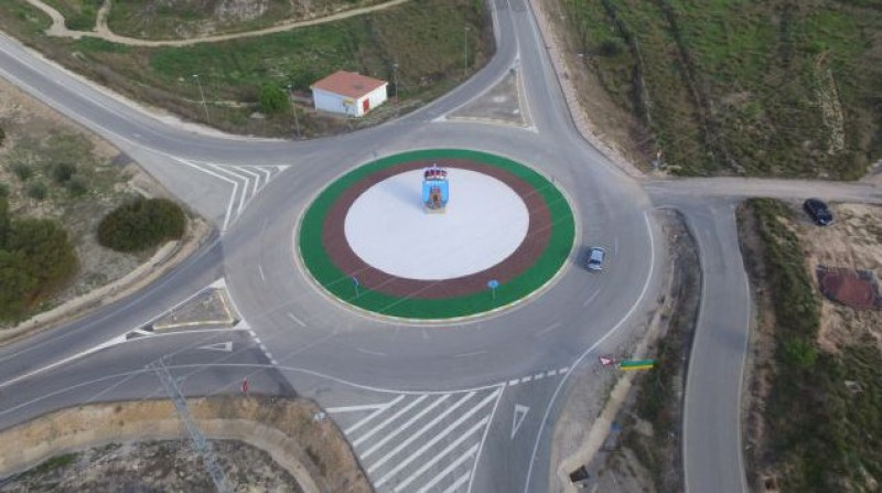 <span style='color:#780948'>ARCHIVED</span> - Bullas motorway roundabout and access road given makeover