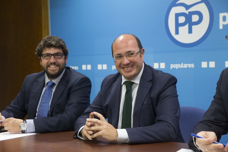 <span style='color:#780948'>ARCHIVED</span> - Murcia regional president resigns